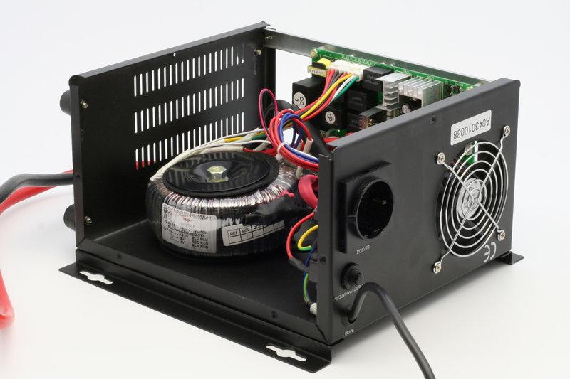 ИБП Logicpower LPY-W-PSW-800VA